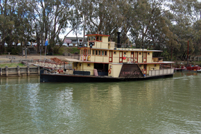 Emmylou Paddle Steamer - Attractions Melbourne