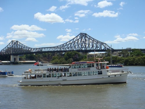 Brisbane Cruises - Attractions Melbourne