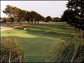 South Lakes Golf Club - Attractions Melbourne