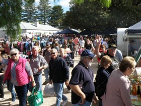 Stansbury Seaside Markets - Attractions Melbourne