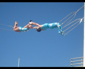 Trix Circus Flying Trapeze - Attractions Melbourne