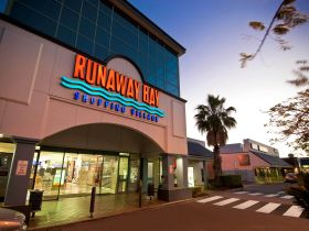 Runaway Bay Shopping Village - Attractions Melbourne