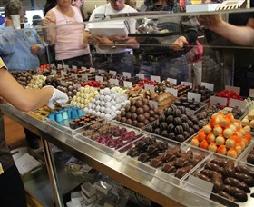 Poppys Chocolate - Attractions Melbourne