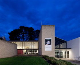 Monash Gallery of Art - Attractions Melbourne