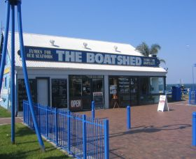 Innes Boatshed - Attractions Melbourne