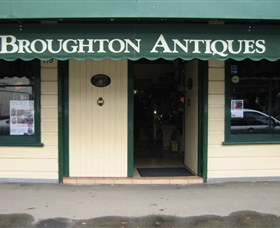 Broughton Antiques - Attractions Melbourne