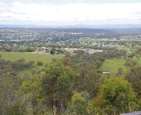 McIlveen Park Lookout - Attractions Melbourne