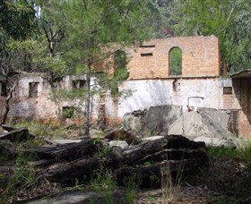 Newnes Shale Oil Ruins - Attractions Melbourne