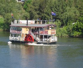 Hawkesbury Paddlewheeler - Attractions Melbourne