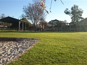 Langhorne Creek Public Playground - Attractions Melbourne