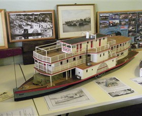 Wentworth Model Paddlesteamer Display - Attractions Melbourne
