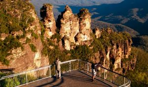 Echo Point lookout Three Sisters - Attractions Melbourne