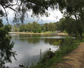 Lake Alexandra Reserve - Attractions Melbourne
