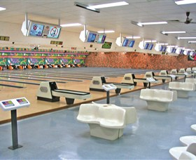 Bateau Bay Ten Pin Bowl - Attractions Melbourne