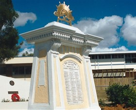 Beenleigh War Memorial - Attractions Melbourne