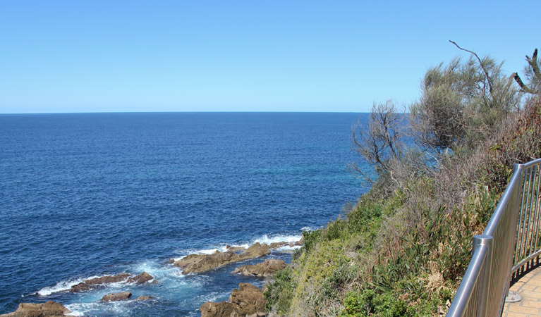 Moruya Heads lookout - Attractions Melbourne