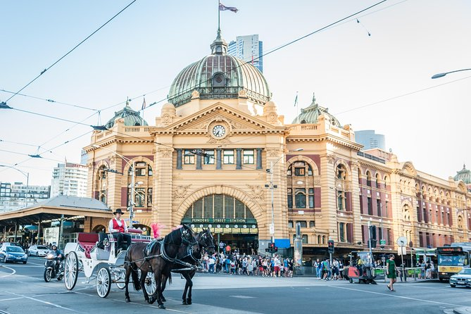 Melbourne Horse Drawn Carriage Premium Garden and City Tour - Attractions Melbourne