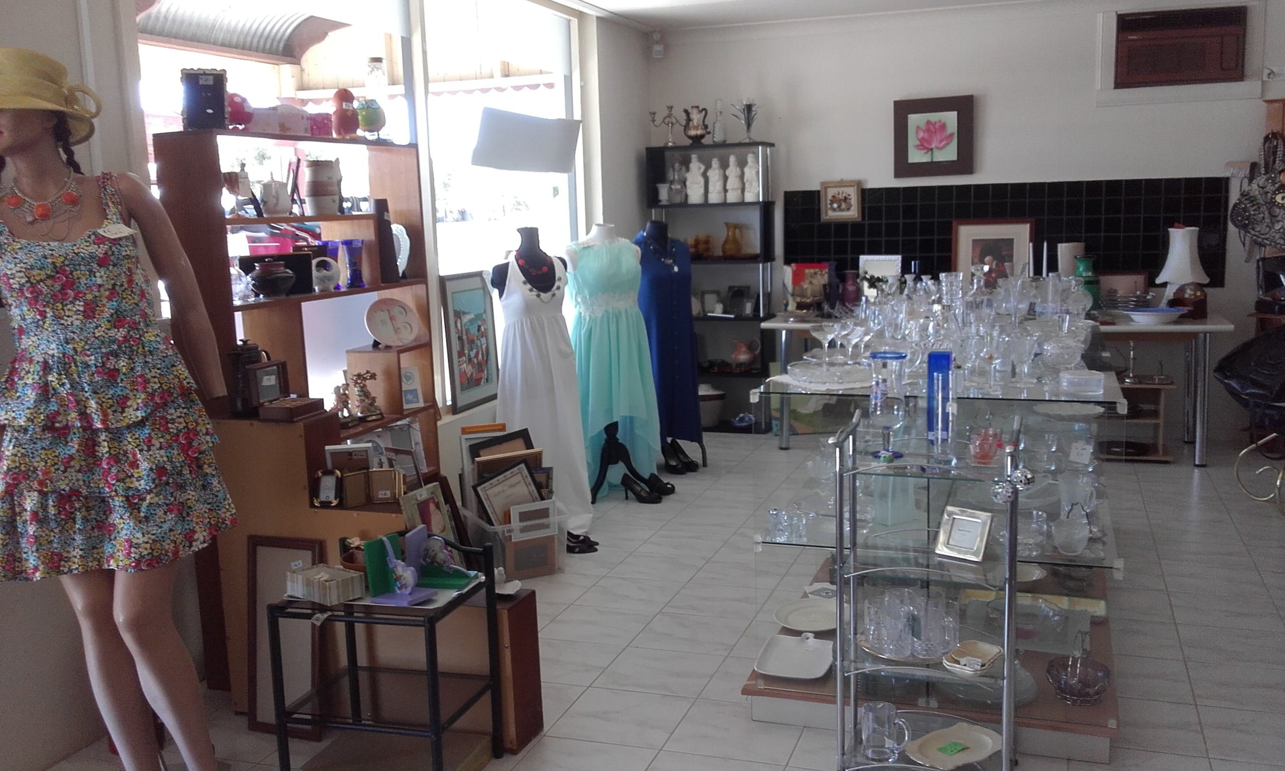 Hunters Haven Anglican Op Shop - Attractions Melbourne