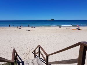 Mudjimba Beach - Attractions Melbourne