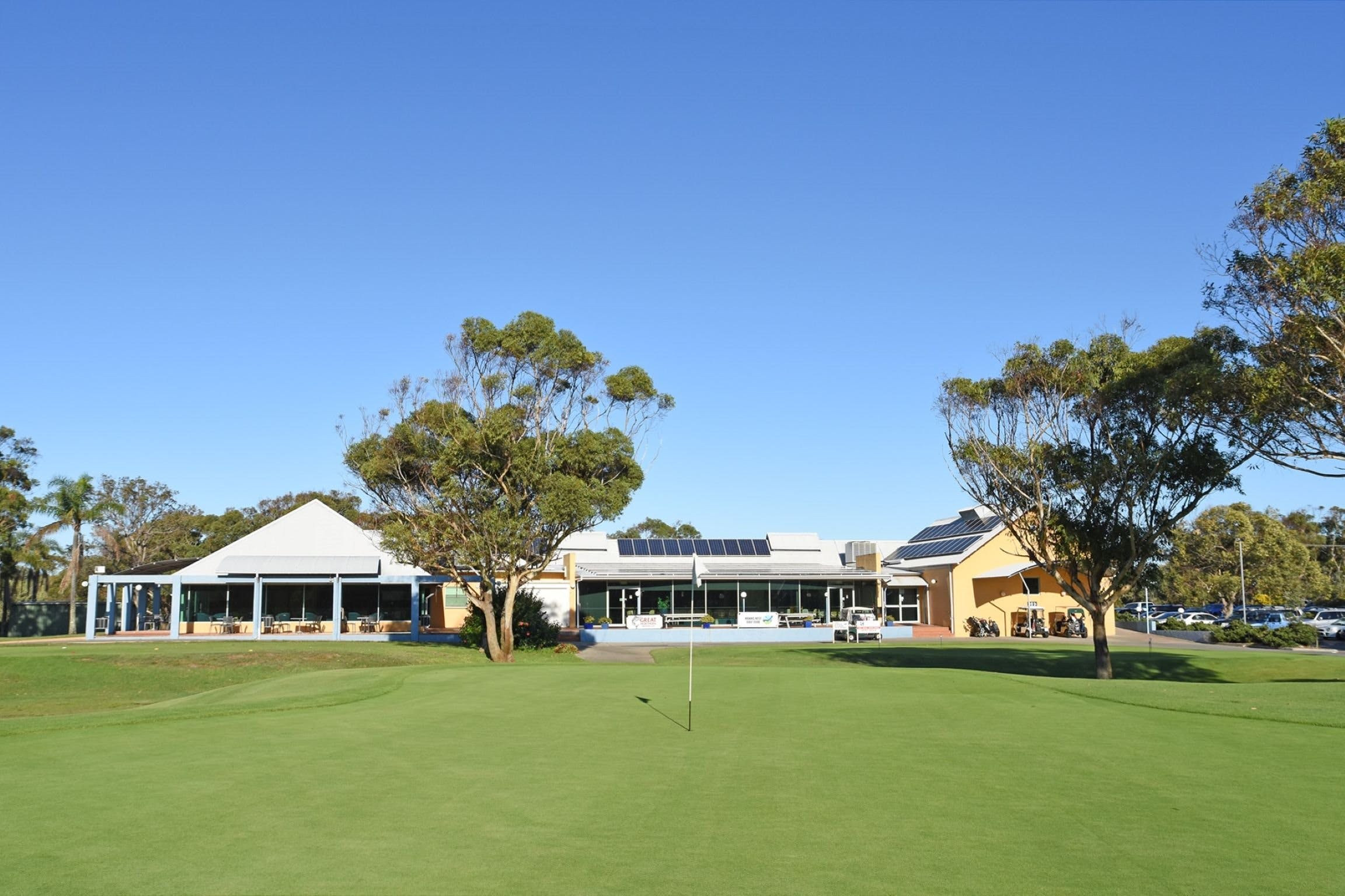 Hawks Nest Golf Club - Attractions Melbourne